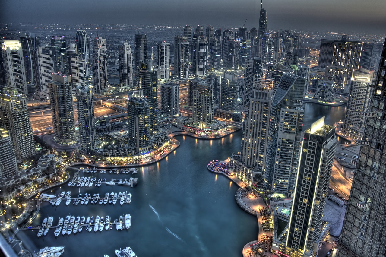 How to find expat jobs in Dubai - we explore the best websites and